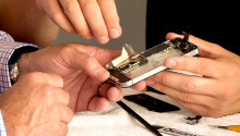 iCracked officially brings its on-demand iPhone repair service to the UK Featured Image