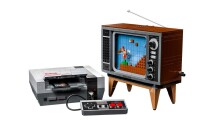 So help me, I need this LEGO NES and its (kind of) playable Mario game
