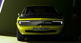 Meet the Opel Manta GSe ElektroMOD: A classic made for the future