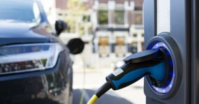 Utrecht will host world's first vehicle-to-grid charging — it just needs the cars