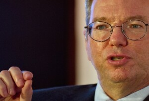 Google's Eric Schmidt thinks government censorship will be wiped out within ten years