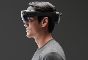 Microsoft's HoloLens 2 will reportedly go on sale for $3,500 next month (Update: later this year)