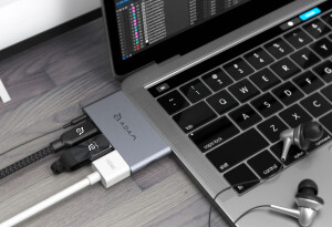 These 10 MacBook, iPhone, and iPad accessories will each become your daily essentials