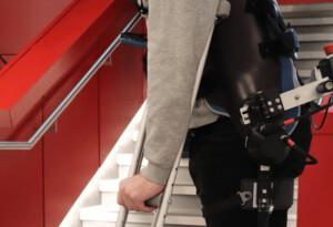 This rad-ass exoskeleton uses AI to walk for you