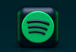 Spotify's taking on Apple's podcast subscription platform with lower creator fees