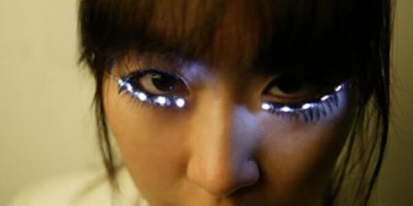 Attention Lady Gaga: your LED eyelashes have arrived