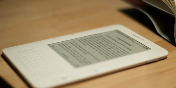 Amazon has big challenges to overcome in China before it launches the Kindle there