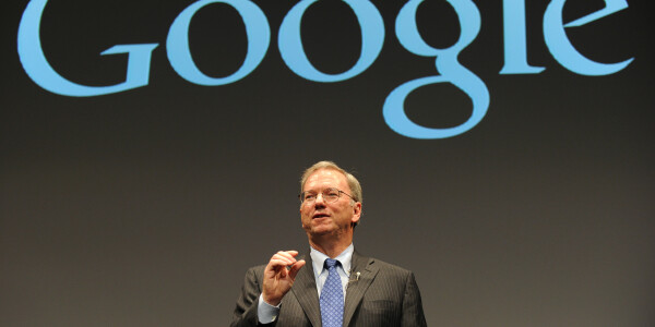 Google's Eric Schmidt urges China to adopt an open Internet to tackle future growth problems