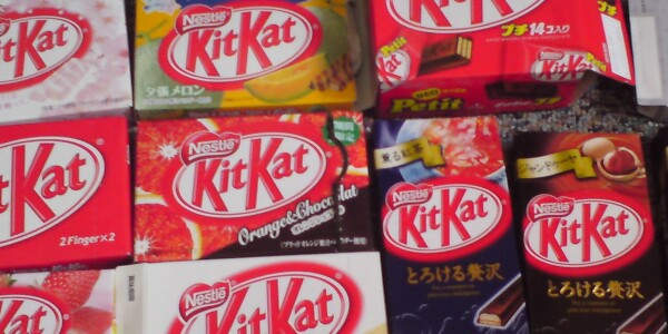 Android KitKat hits 13.6% adoption, Jelly Bean falls below 60% and Gingerbread slips under 15%
