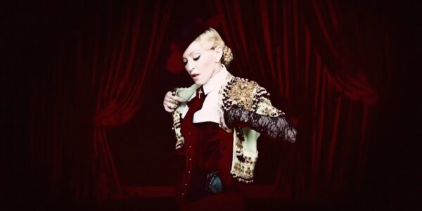 Madonna the Millennial tries Snapchat: A review