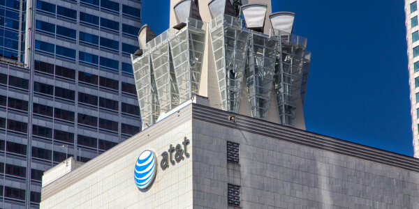AT&T employees bribed with $1M to unlock millions of phones