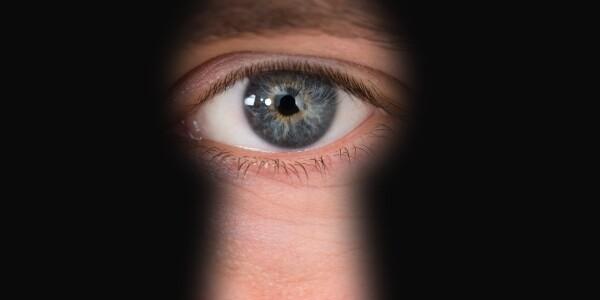 How the human eye could destroy quantum mechanics