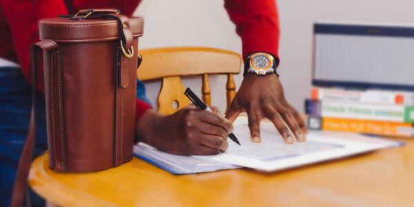 Your business' biggest bottleneck: Digital notes and paper forms