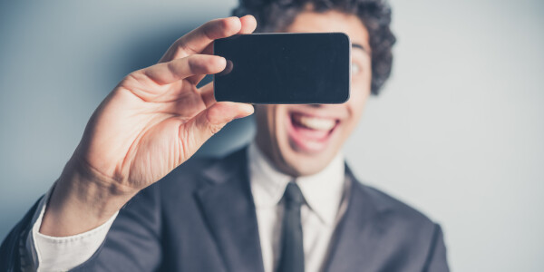 Researchers develop a new way to track blood pressure… with selfies?