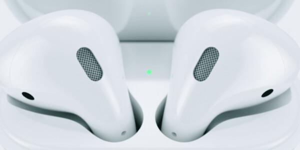Apple execs defend removal of 'dinosaur' headphone jack