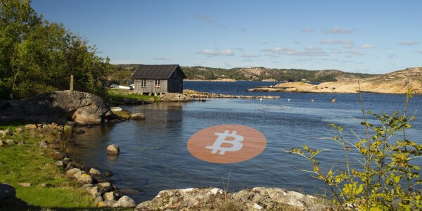 Hackers tweet Bitcoin nonsense and racism via Sweden's top political party