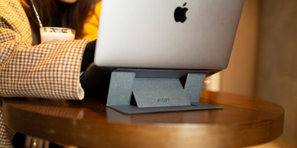 This super-slim laptop stand raised over $1 million on Kickstarter and Indiegogo