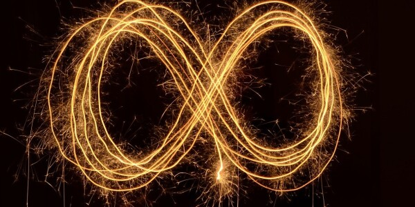 Scientists discover infinite decay and rebirth in quantum particles