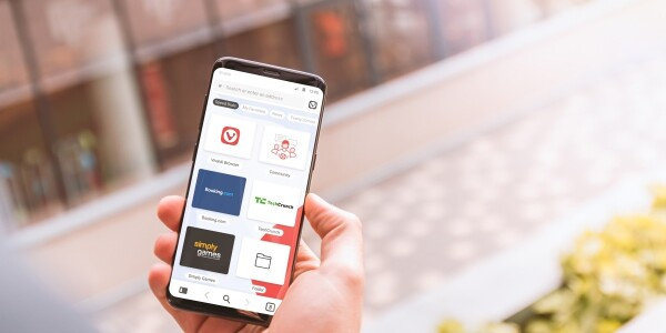 The feature-rich Vivaldi browser finally arrives on Android