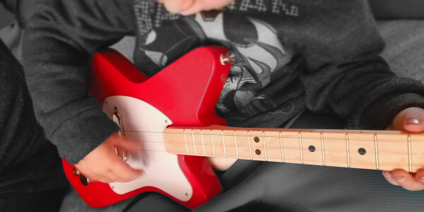 Loog Pro review: You won't find a better guitar for kids, but the app might frustrate you