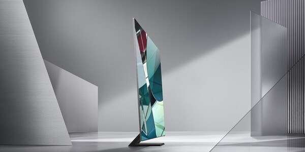 Samsung unveils a bezel-less 8K TV and a rotating TV at CES
