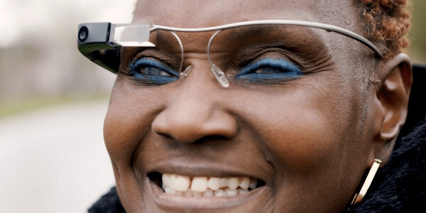 Google's AI-powered smart glasses help the blind to see