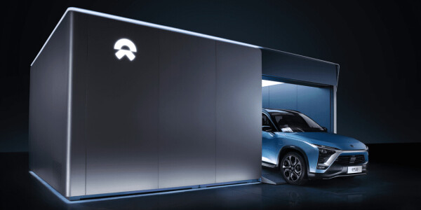 Watch this EV charge from Zero to 100% in 3 minutes using a battery swap
