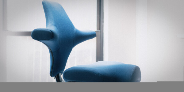 The HÅG Capisco is a weird, beautiful chair for people who can't sit still