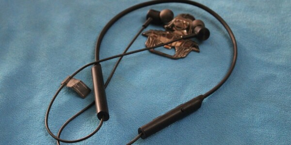 These $14 Redmi neckbuds give you wireless bang for your basic buck