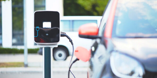 EU wants 30 million EVs on the road by 2030 to meet emissions targets