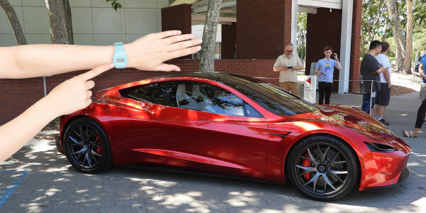 This Tesla Roadster simulation with the SpaceX thruster pack shows its insane speed