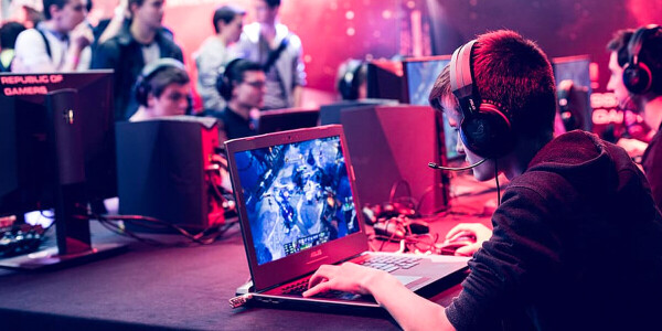 College esports are booming — but women are being left out