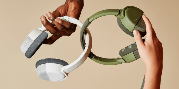 These BCI headphones use brainwave sensors to measure your focus