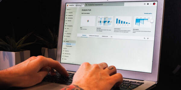 Leverage data to increase traffic, drive sign ups, and more with this Google Analytics training