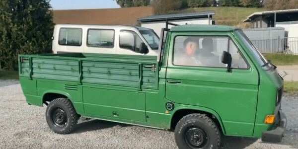 Watch these crazy Germans put a Tesla motor in a vintage VW truck