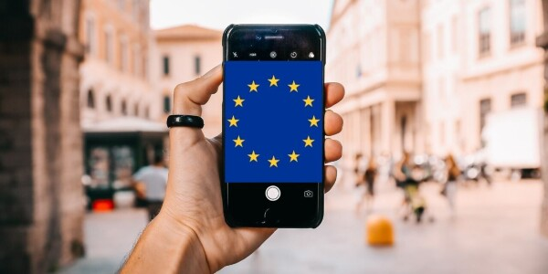 EU unveils plans for digital ID wallet for accessing services across the bloc
