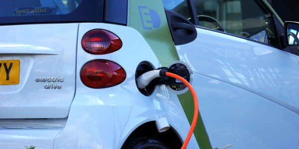 VW CEO says OMFG about poor EV charging points