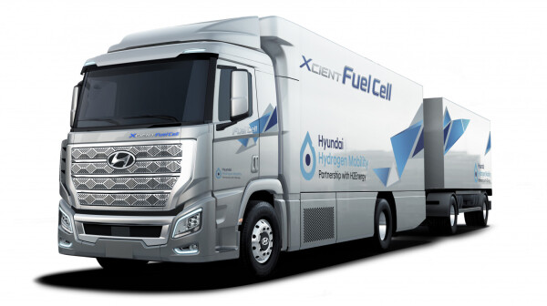 Hyundai XCIENT Fuel Cell truck hed