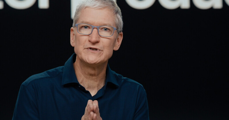 How Apple reportedly gave up control of iCloud for business growth in China
