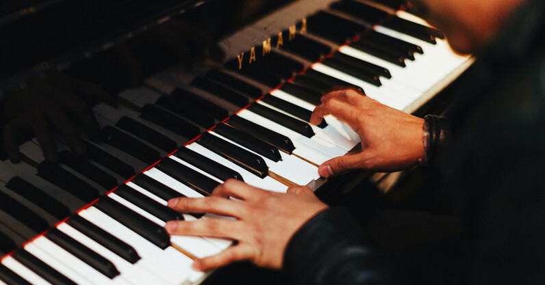 Learn to play the piano at your own pace with no prior experience for only $20
