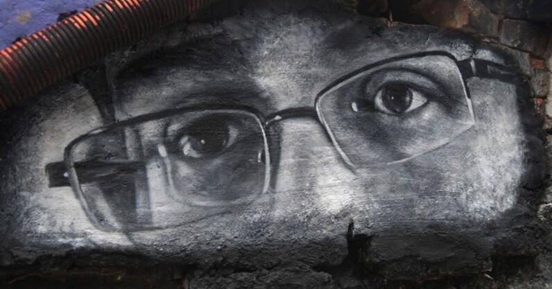Edward Snowden: 'If you weaken encryption, people will die'
