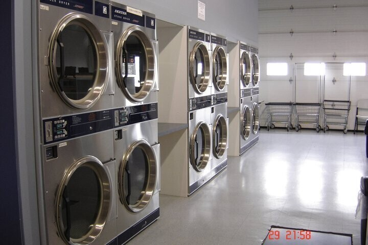 Express Laundromat and Dry Cleaning