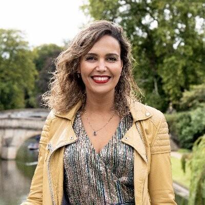 Dr Loubna Bouarfa